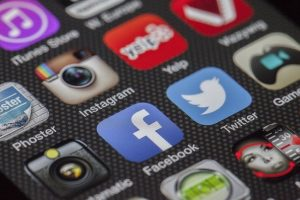 Stalking w mediach społecznościowych