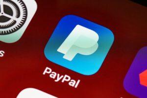 Logo PayPal w aplikacji telefonicznej